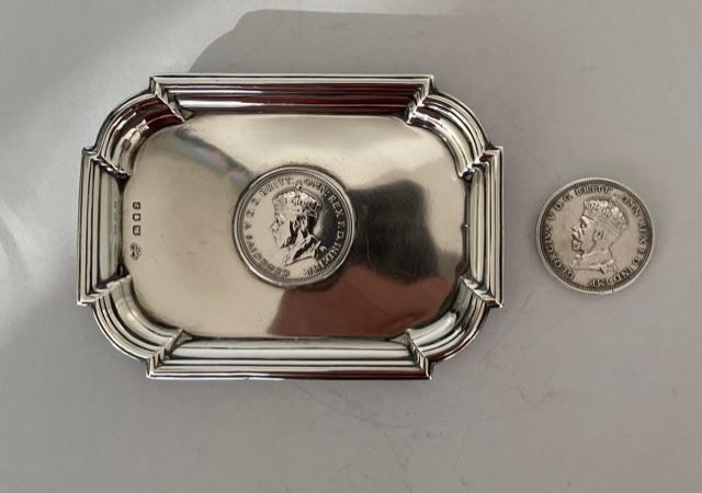 Coin dish - Goldsmith - Silversmith Co